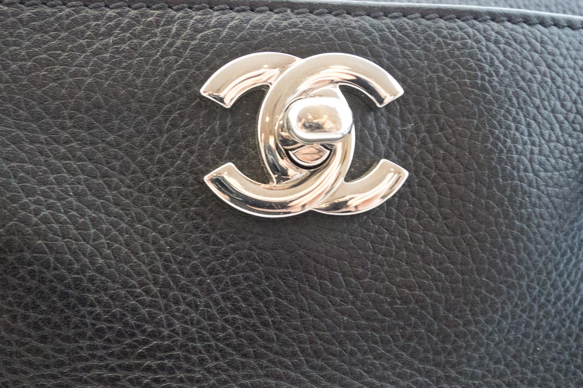 fe727176b5d3 Authentic Preloved Chanel Cerf Tote Bag in Black Calfskin with Silver  Hardware