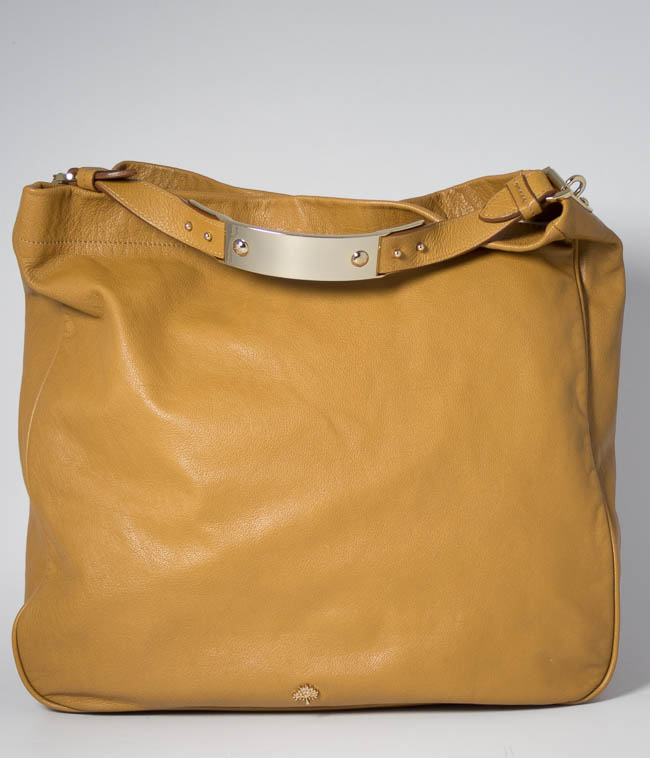 89a77e09d281 Authentic Preloved Mulberry Eliza Hobo   Large Messenger in Fudge Brown Tan  Glossy Goat with Soft Gold Hardware
