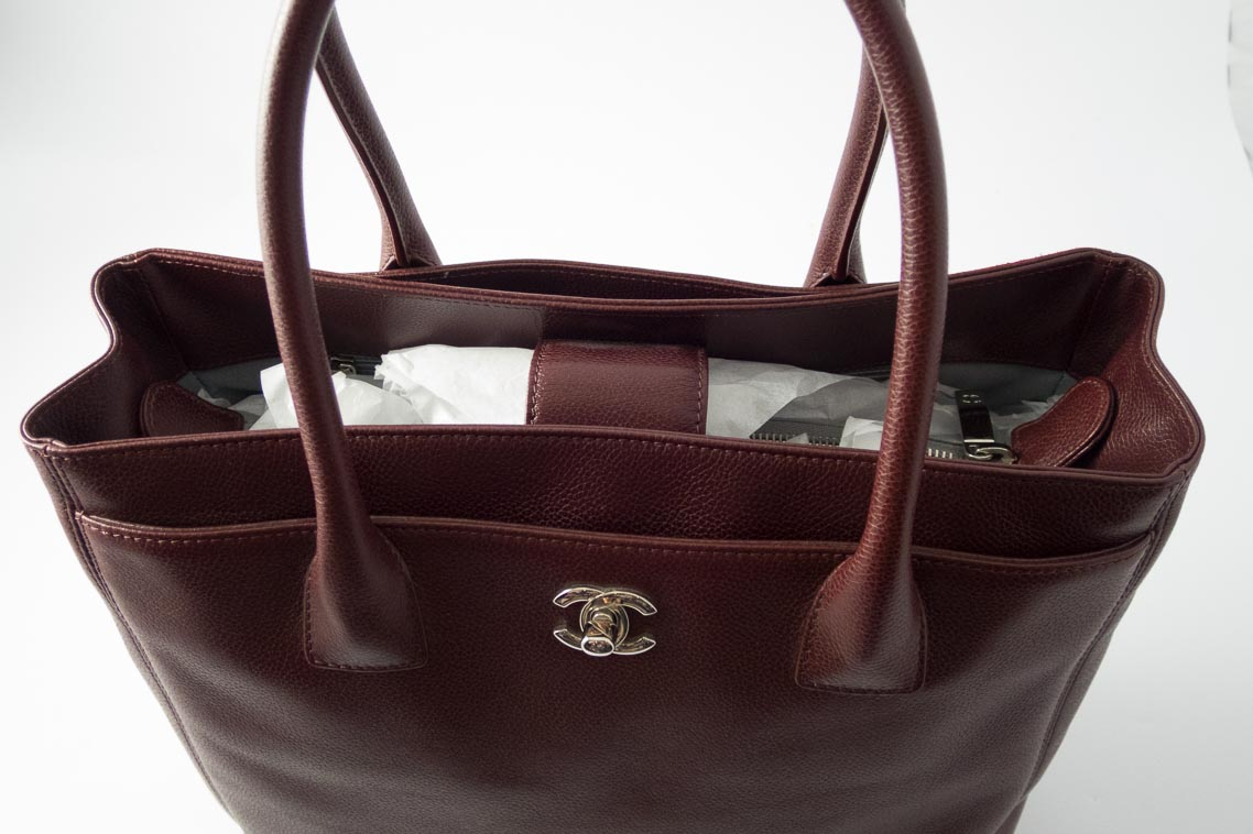 016cb8b8feb2 Authentic Preloved Chanel Cerf Tote Bag in Burgundy Grainy Calfskin with  Silver Nickel Hardware