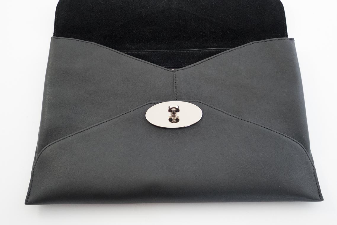 a792d9b2fce7 Authentic Preloved Mulberry Willow Clutch Bag in Black Silky Calf Leather  with Silver Nickel Hardware
