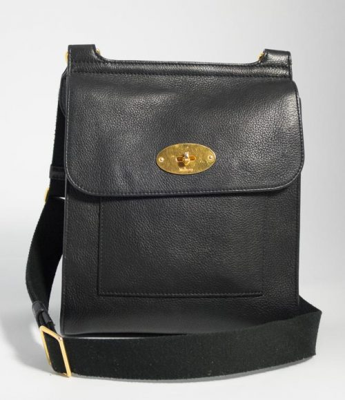 ... messenger bag in oak larger size 6eaf4 0a9ab inexpensive authentic  preloved new style mulberry antony in black classic grain leather with gold  hardware ... d5fb37a5cc2a7