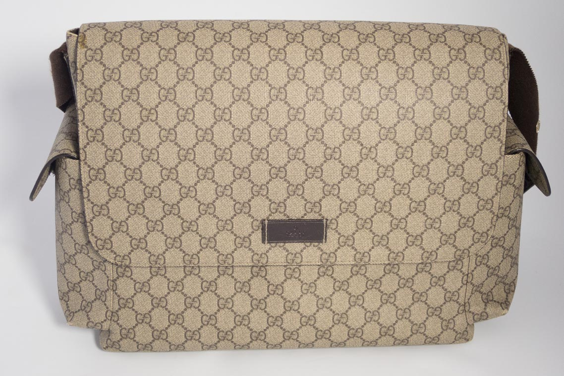 a12ca8f9b2eb Previous; Next. 1; 2; 3; 4. Previous; Next. Authentic Preloved Gucci  Supreme Baby Changing Bag