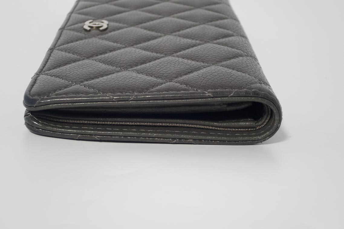 c51bcad6969d Authentic Preloved Chanel Yen Timeless Quilted Wallet Purse in Dark Grey  Caviar with Silver Hardware | The Finer Things Aberdeen