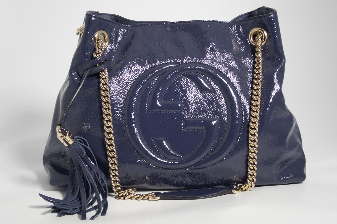 1118cc7785ce Authentic Preloved Gucci Soho Chain Tote Bag in Navy Patent leather with  Gold Hardware
