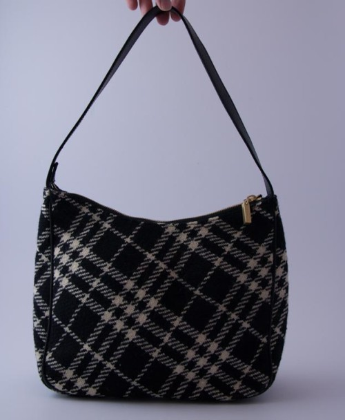 dc15024556f4 Authentic Preloved Vintage Burberry Black and Cream checked Hobo Shoulder  Bag
