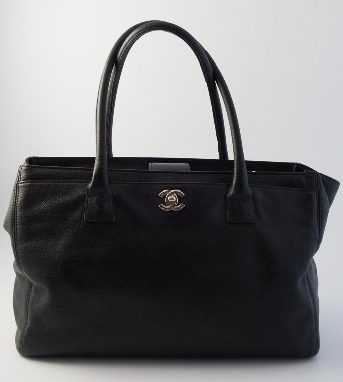 43bc87ede9c7fd Authentic Preloved Chanel Cerf Tote Bag in Black Calfskin with Silver  Hardware | The Finer Things Aberdeen