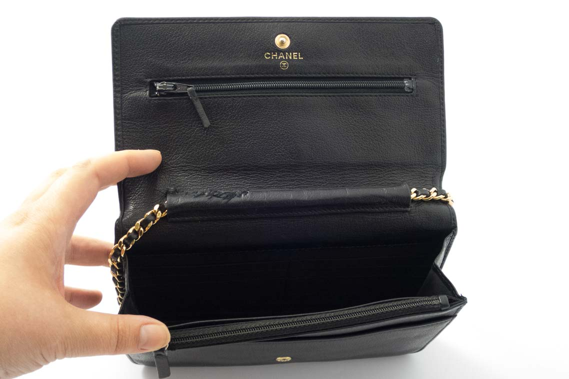 020154b39f13 Authentic Preloved Chanel Camellia Woc Wallet on Chain in Black with Gold  Hardware